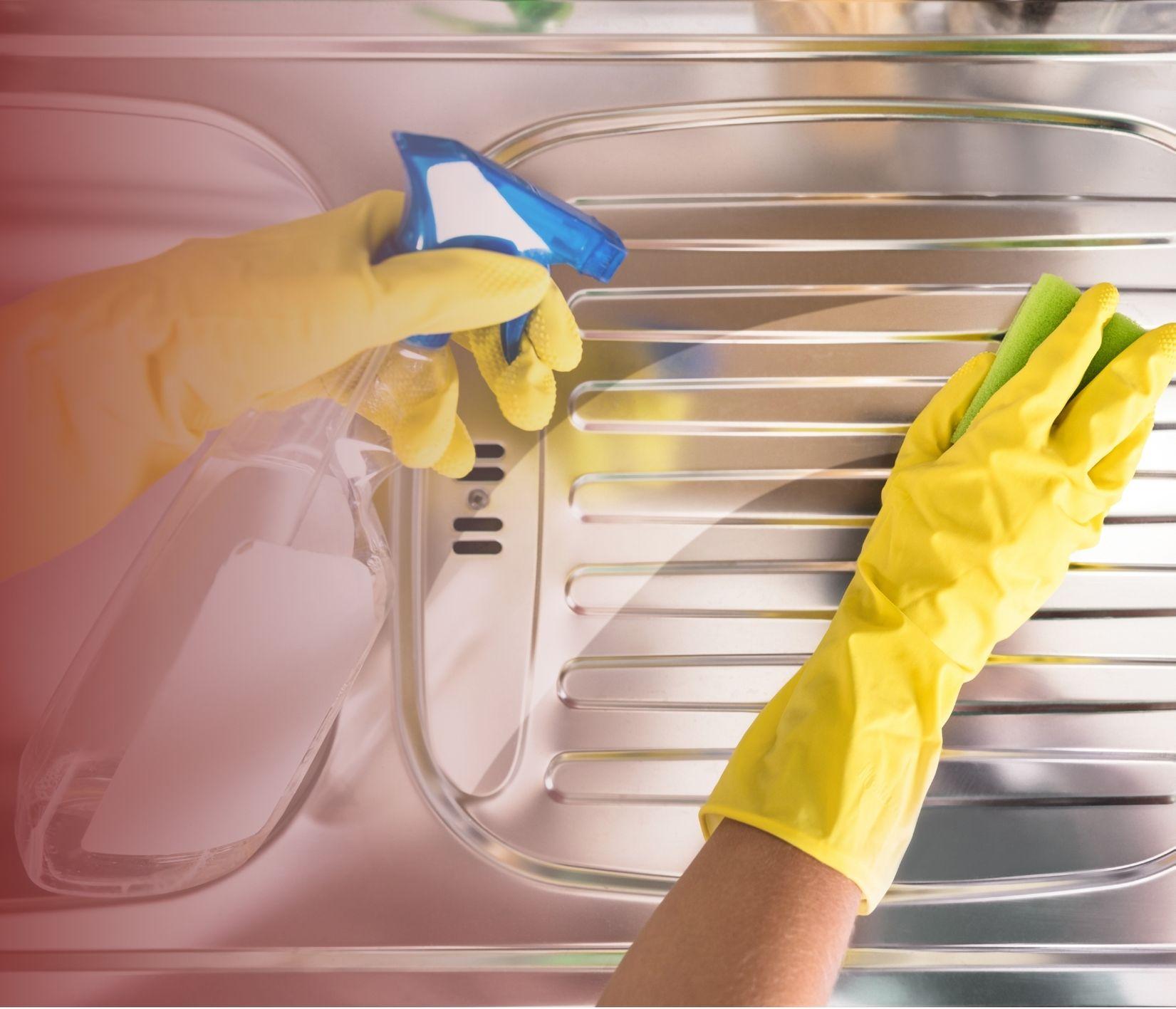 LIMPEZA E CONSERVAÇÃO DO AÇO INOX: QUAIS PRODUTOS UTILIZAR E QUAIS EVITAR
